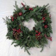 "24"" Mix Pine Wreath w/ Berries"