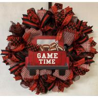 "24"" Premade Collegiate Mesh Wreath - ""Game Time"" Truck w/ Footballs"