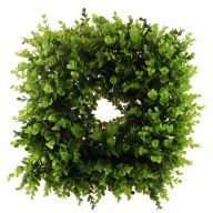 "18 "" Square Boxwood Wreath - Green"
